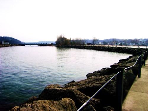 03.28.09 - Irondequoit Bay 06